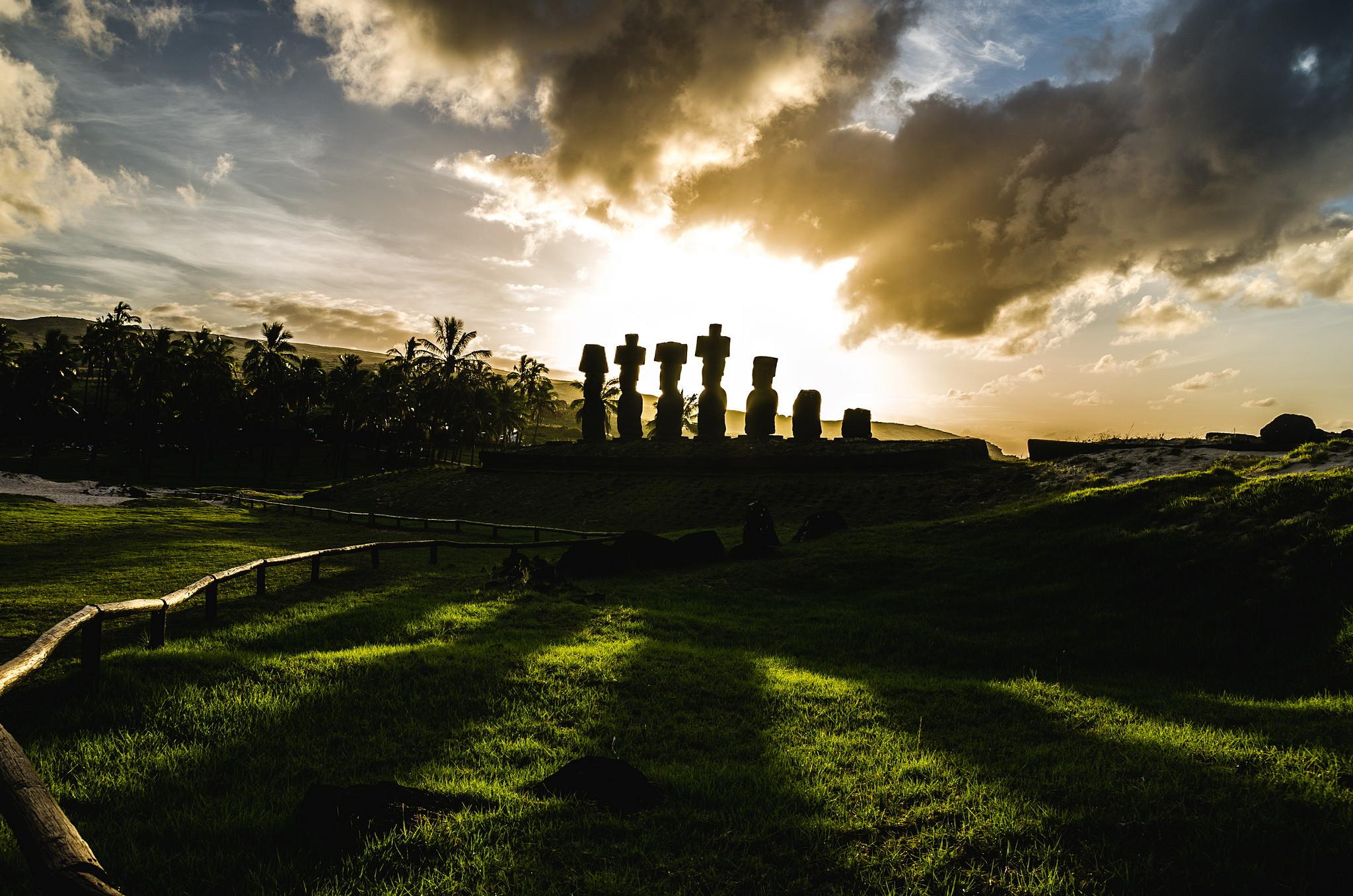 Easter Island Moai   Discover Your South America Blog