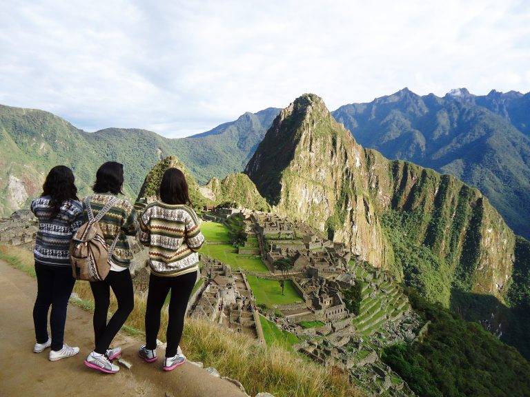 Family tour in Machu Picchu