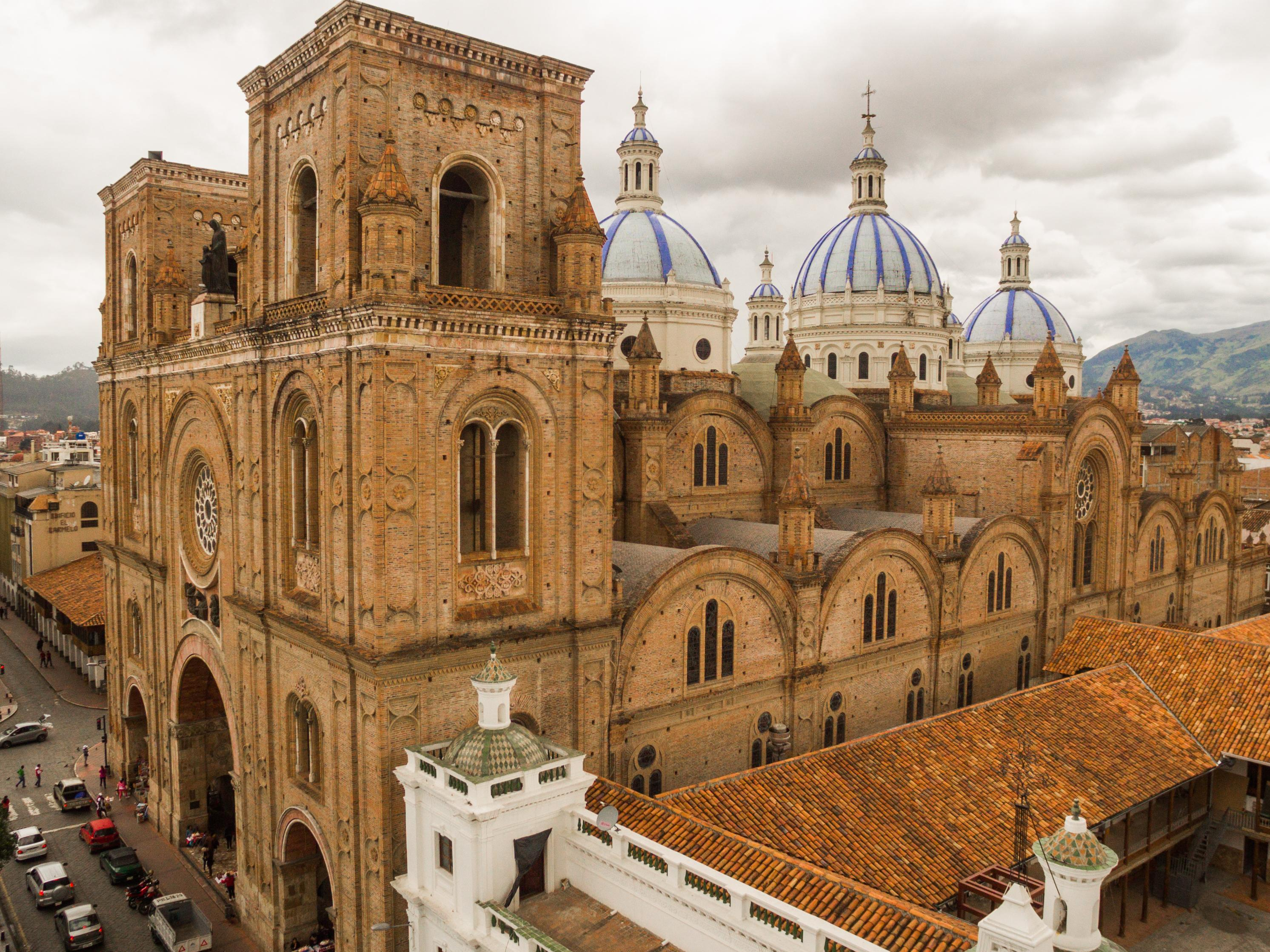 Cuenca - Colonial Towns in South America