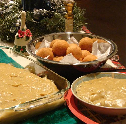 Buñuelos | Christmas Food in South America
