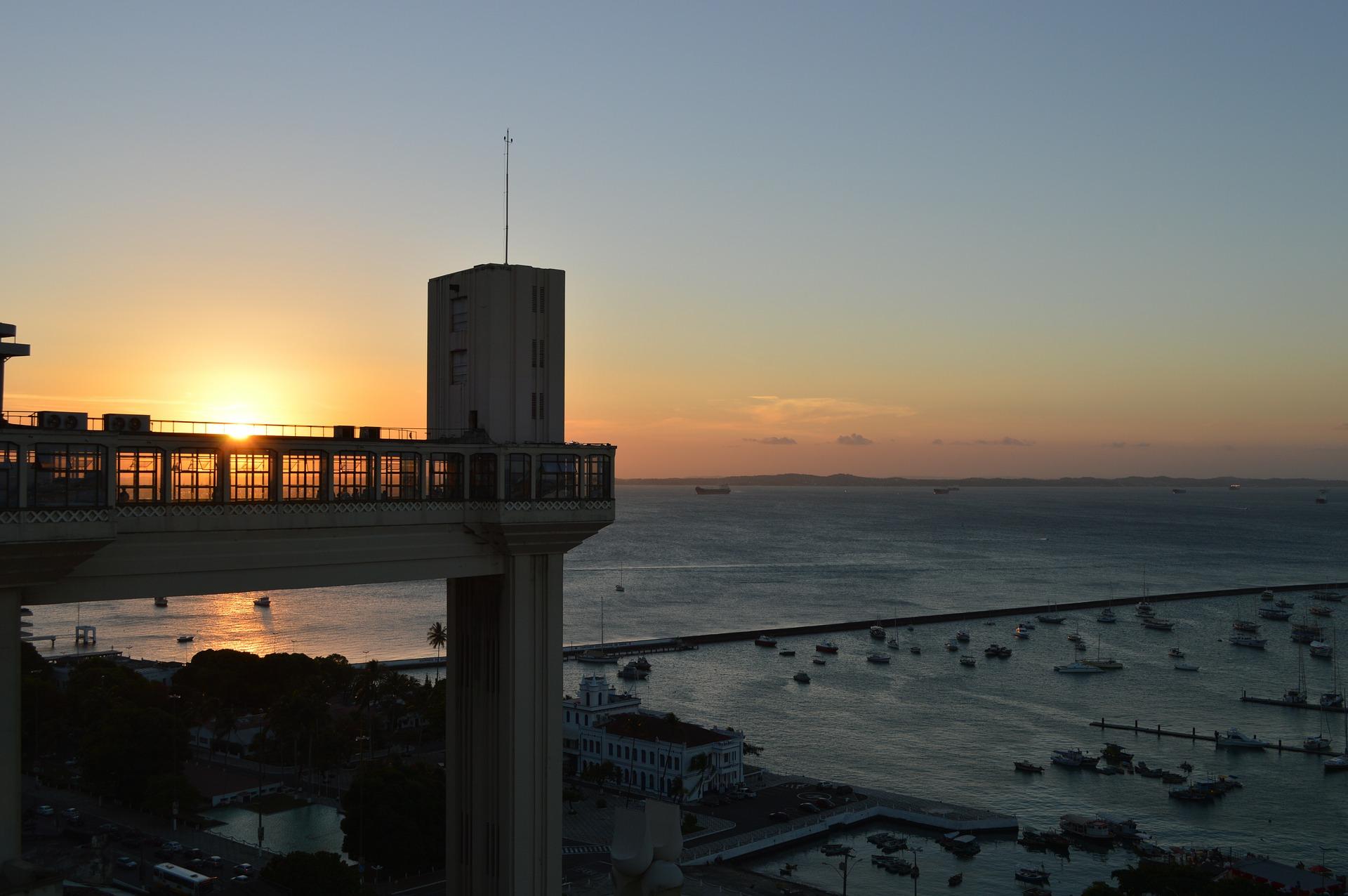 Lacerda elevator | Architecture in Salvador da Bahia