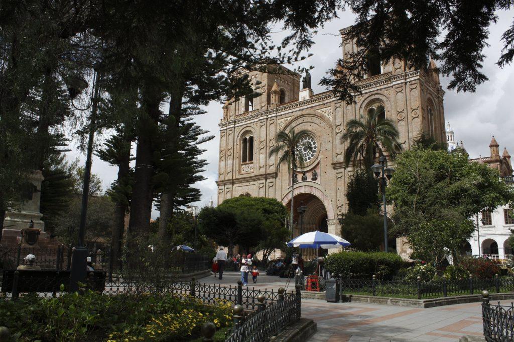 Plaza de Calderon, Cuencar | Discover Your South America Blog