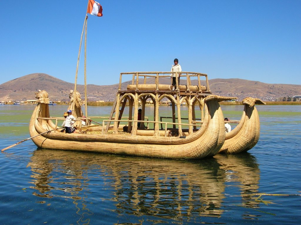 Traditional boat, Lake Titicaca | Discover Your South America Blog